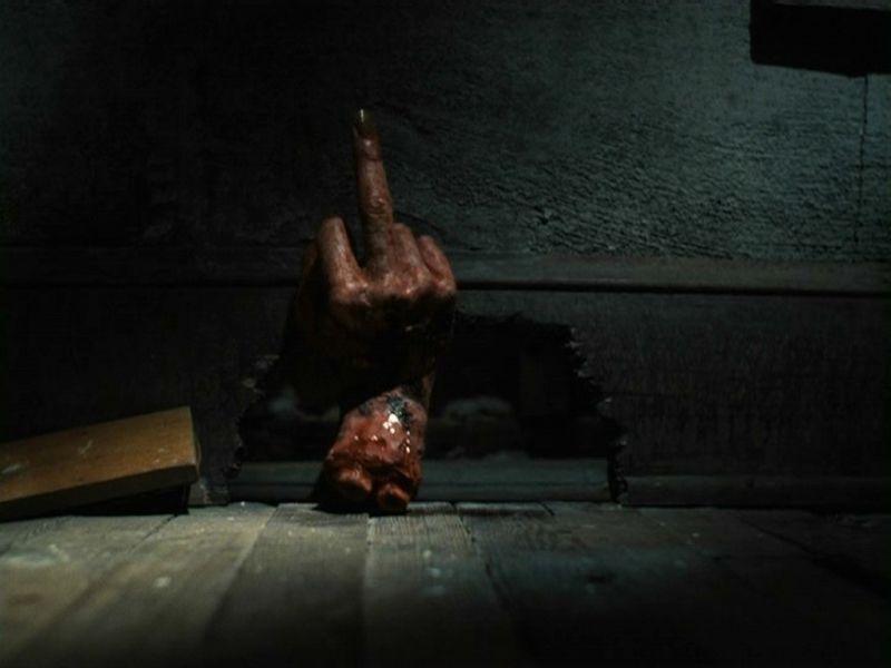 Evil Dead 2 4